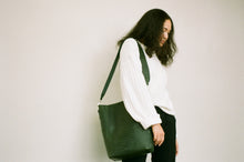 Load image into Gallery viewer, The Meletti bag in Croco Green