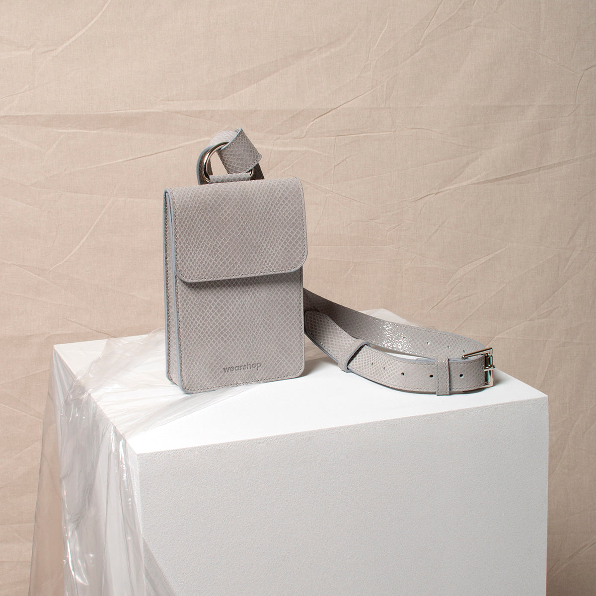 The Pitti Belt Bag in Light Grey