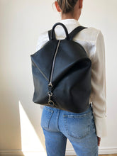 Load image into Gallery viewer, The Mercato Backpack in Black