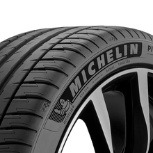 Load image into Gallery viewer, Michelin Pilot Sport 4 SUV