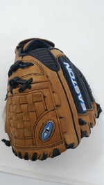 New Easton SFP1150 11.5 Inch Synergy Fastpitch Softball Mitt RHT Glove