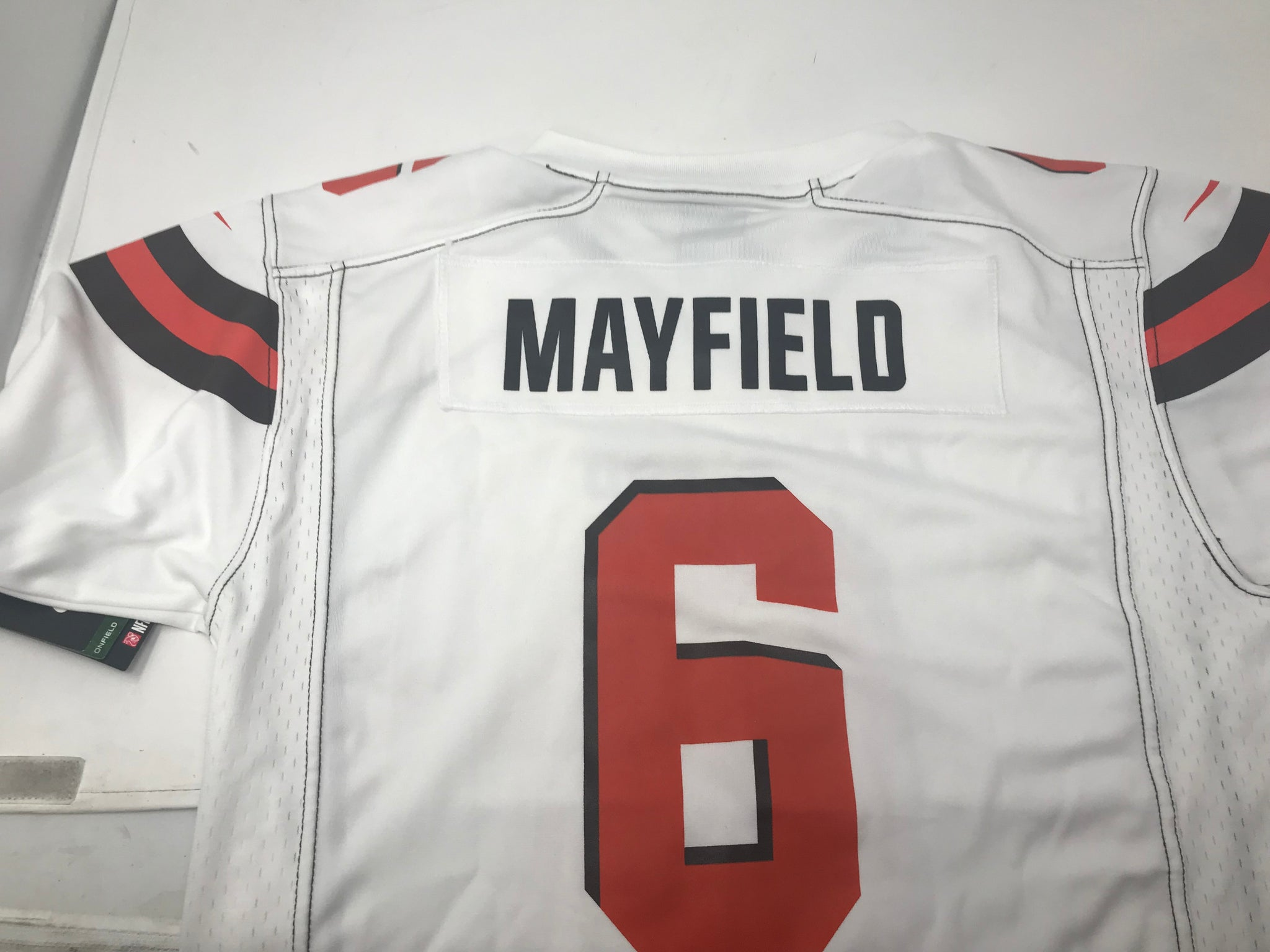 sneakers for cheap d4fe8 d8696 New Nike Youth Cleavland Browns Baker Mayfield Jersey X-Large