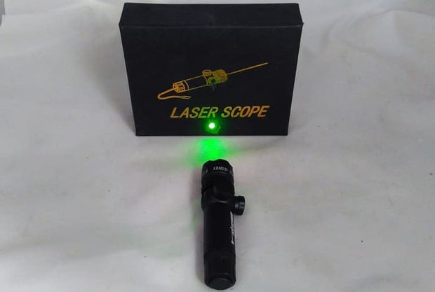 GREEN LASER GREYHOUND (TC825)