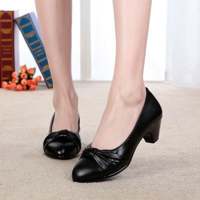 VL WOMENS CLASSIC BOW DETAIL LOW HEEL PUMPS - VansLovers.com