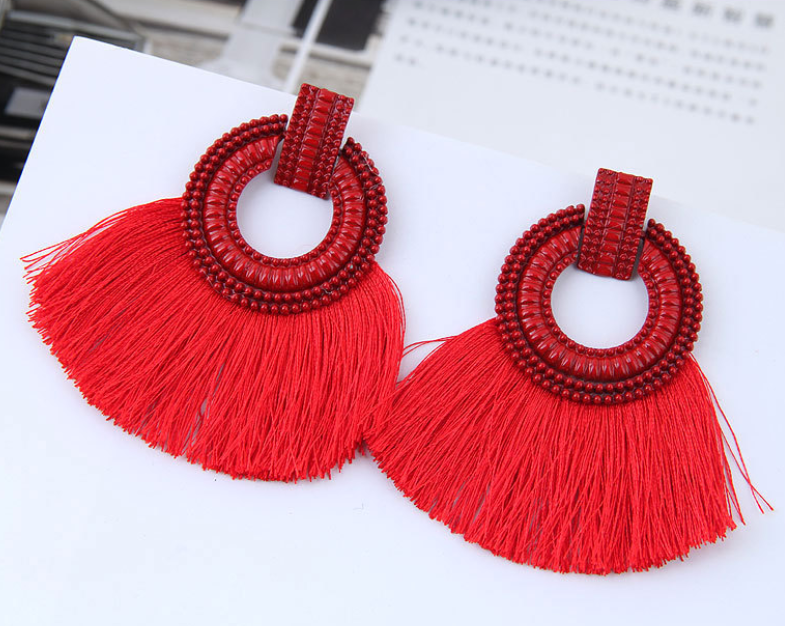 Gosfashion Bohemian Fan-Shaped Silk Tassel Earrings