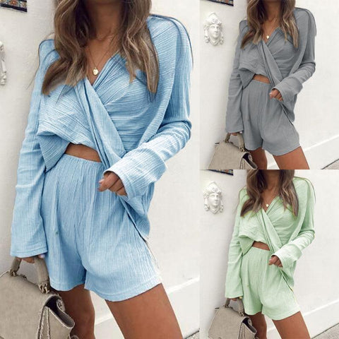Gosfashion V-Neck Loose Solid Color Long-Sleeved Top Shorts Two-Piece Suit