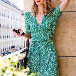 Gosfashion Retro Short-Sleeved V-Neck Print Slim Beach Vacation Dress