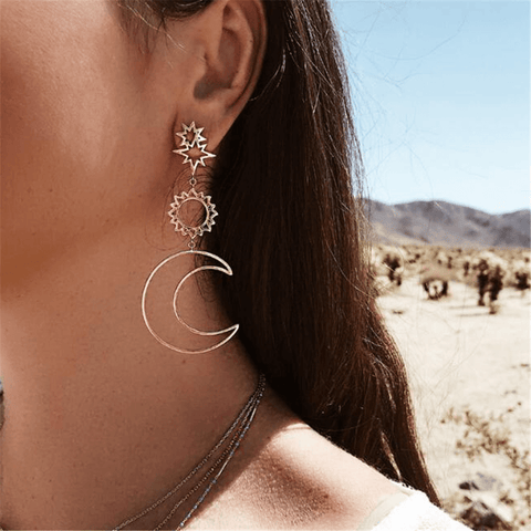 Gosfashion Hollow Five-Pointed Star Alloy Asymmetrical Earrings