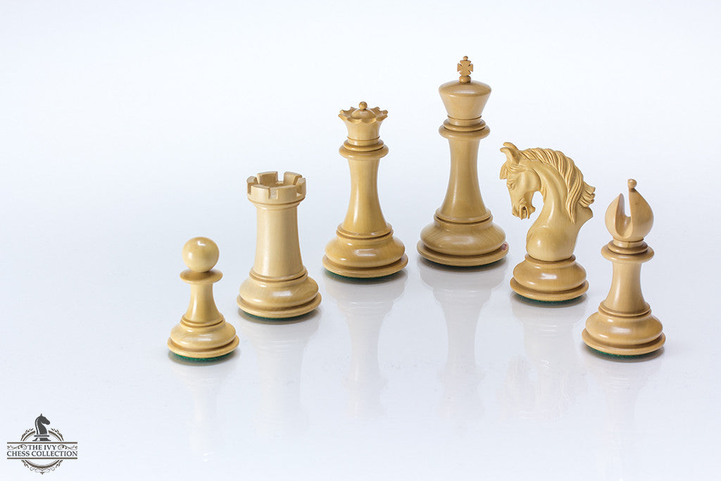 Elegant Chess Pieces - Boxwood