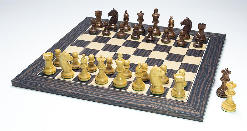 Modern Design Chess Set With Tiger Ebony Chess Board
