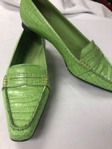 Size 6 Ralph Lauren Lime Green Animal Print shoe