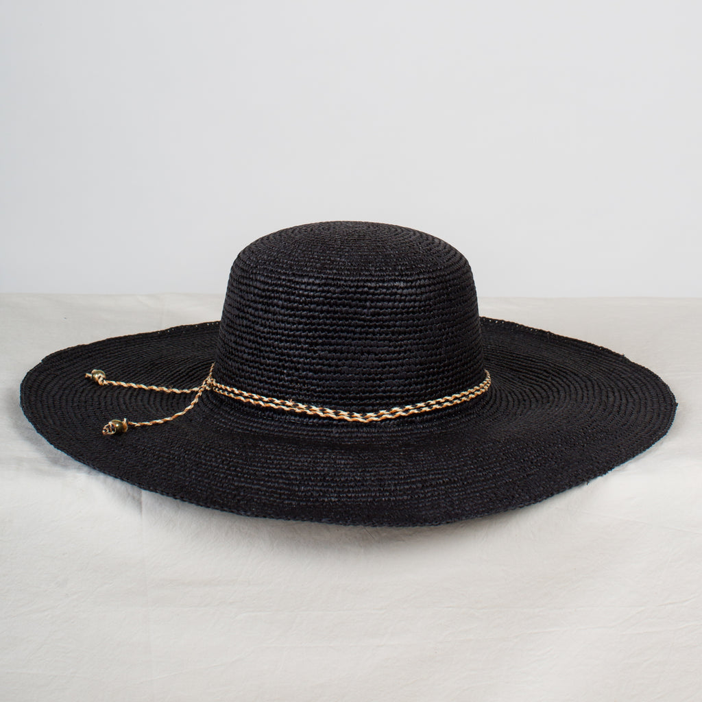 SENSI STUDIO Long Brim Lady in Black Crochet