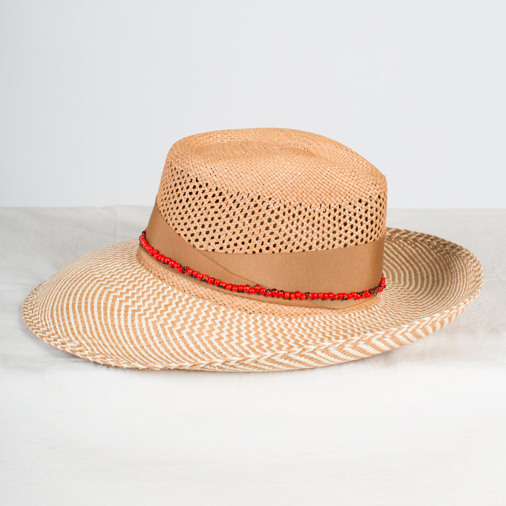 SENSI STUDIO Calcado Two Tone Brim Panama with Guayuro Beads