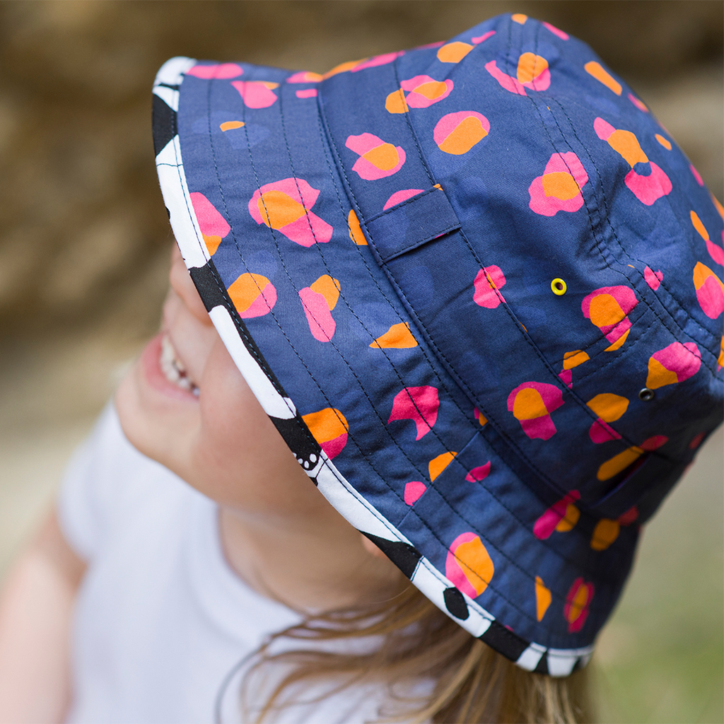 The Adventurer Bucket Hat Navy Kin