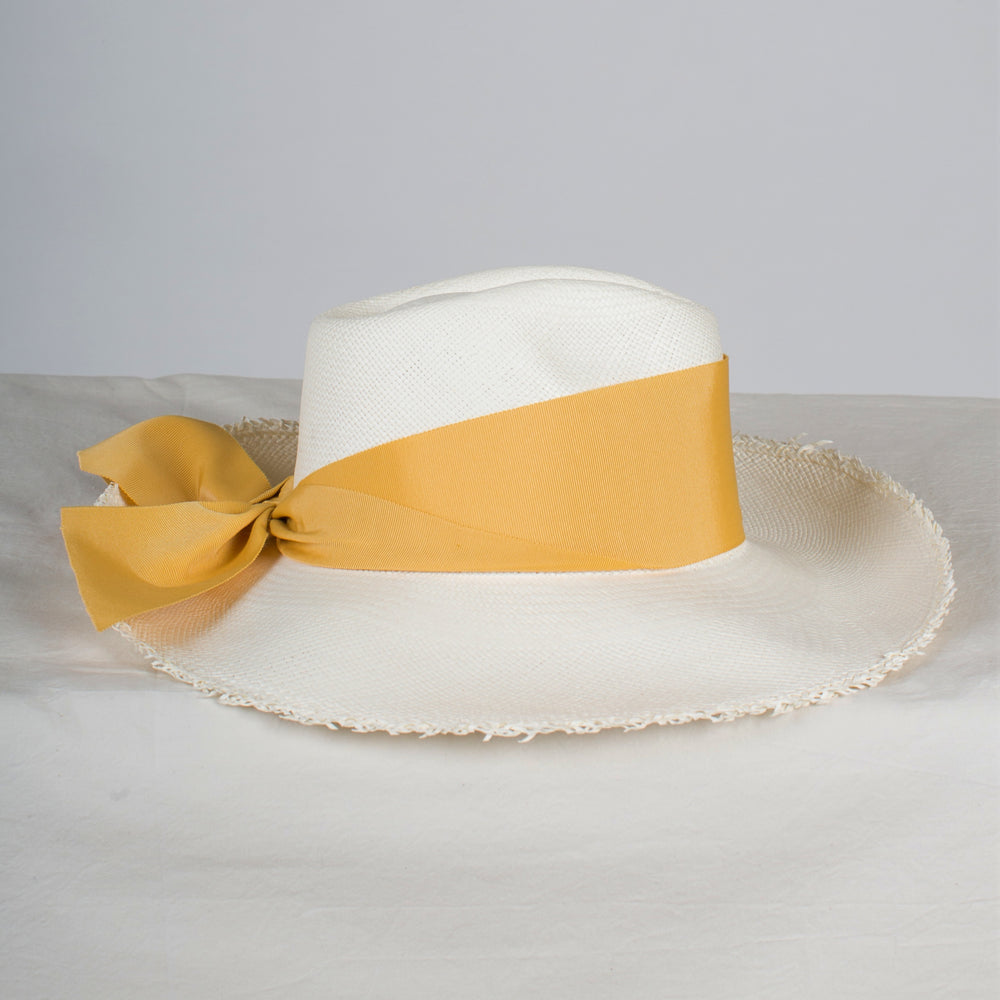 SENSI STUDIO Aguacate Long Brim Frayed Panama Hat in White