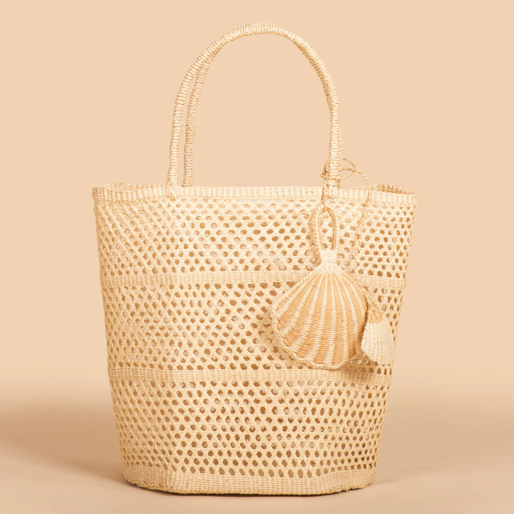 SENSI STUDIO Calcado Basket with Seashell Charm