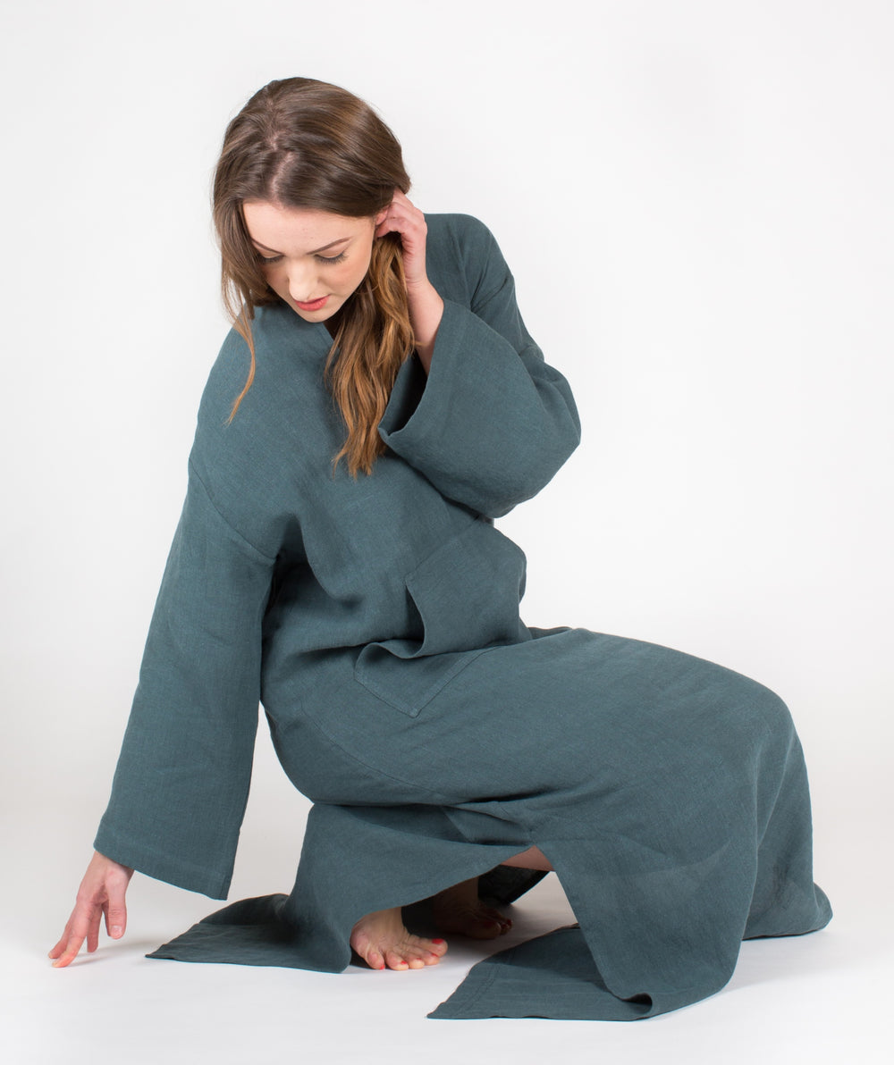 YUME Jeff Linen Kaftan in British Green