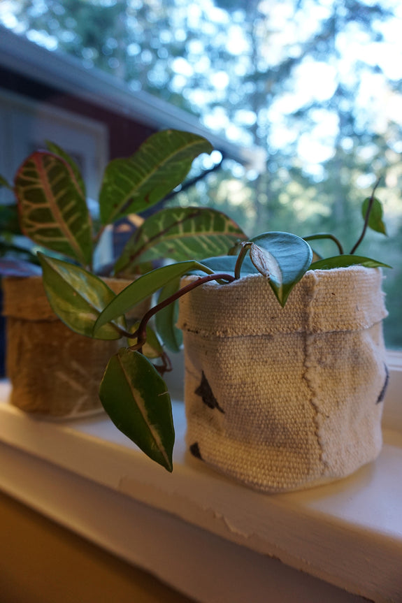 White Mudcloth Plant Holder