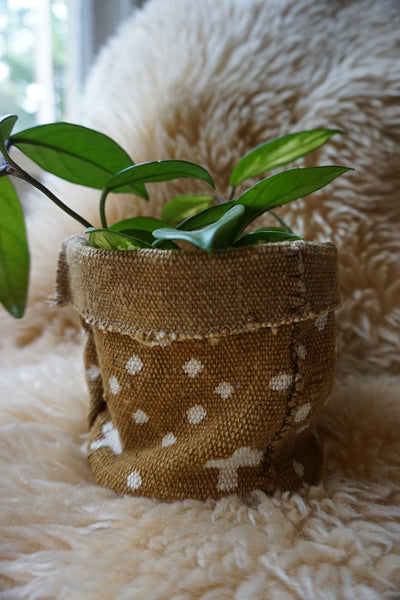 Brown Mudcloth Plant Holder
