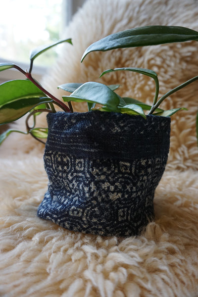 Hmong Hilltribe Indigo Plant Holder
