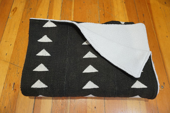 African Mudcloth Baby Blanket - Black Triangles
