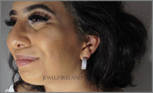 Stunning Silver wide band stallato earrings