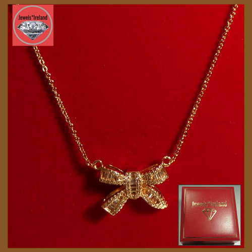 Bow shape pendant necklace gold vermeil.