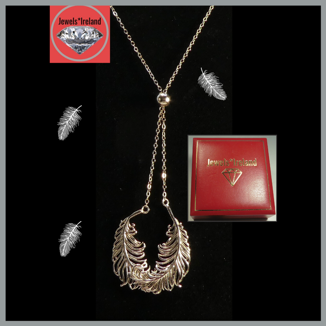 Silver feathers necklace