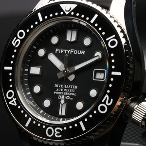 Fifty-Four MM300 - WR Watches PLT