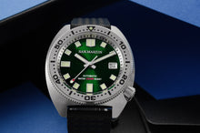 Load image into Gallery viewer, San Martin Turtle 6105-8000 Kanagawa Dial