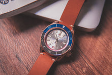 Load image into Gallery viewer, Proxima Bronze MM300 Day-date Silver Dial