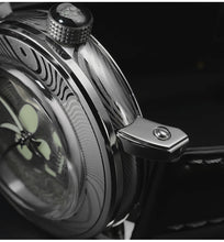 Load image into Gallery viewer, San Martin Damascus Skull Watch