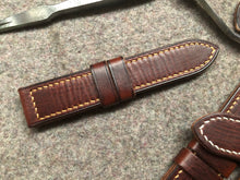 Load image into Gallery viewer, Vegetable Tanned Leather Strap