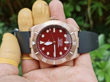 Load image into Gallery viewer, Hruodland Bronze BB - WR Watches PLT