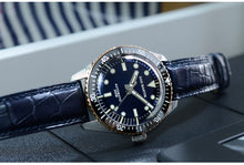 Load image into Gallery viewer, San Martin Damascus 65 Diver