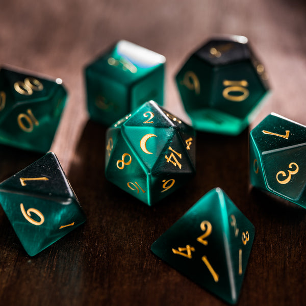 URWizards Dnd Green Cat's Eye Engraved Dice Set Moon Style - Urwizards