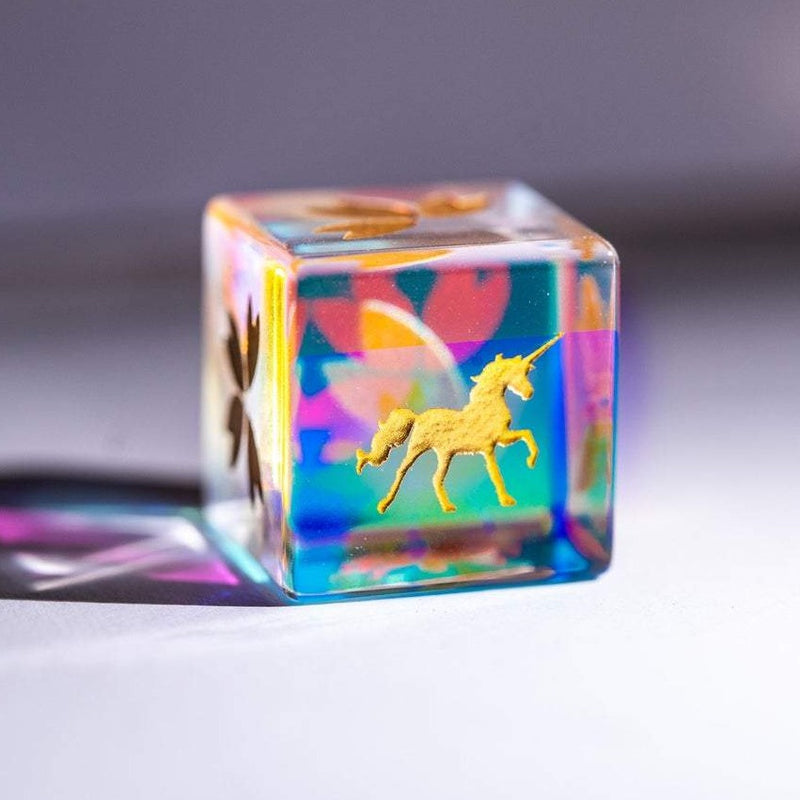 URWizards Dnd Engraved Dichroic Prism  Glass D6 Dice Unicorn Gold - Urwizards