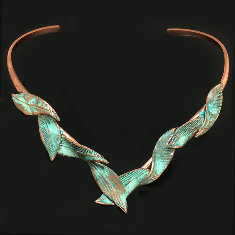 Green Patina Leaves Choker - Nurit Niskala