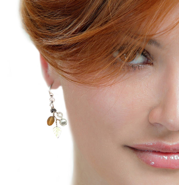 Amber White Delicate Earrings - Nurit Niskala