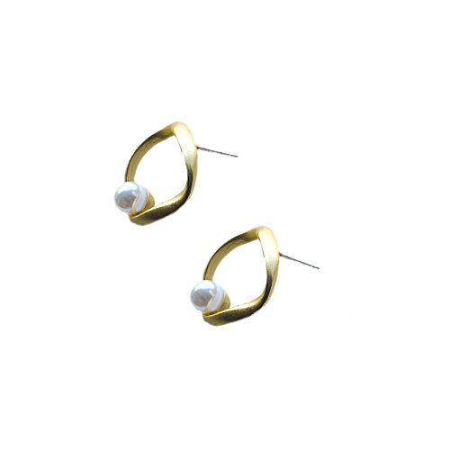 Twist Gold Pearl Earrings - Nurit Niskala