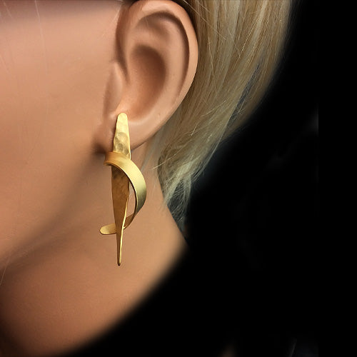 Artistic Gold Long Earrings*