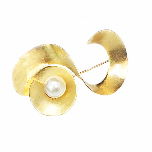 Sculpture Pearl Gold Brooch