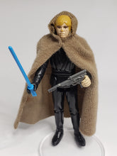 Load image into Gallery viewer, VINTAGE 1983 Kenner ROTJ Luke Skywalker (Jedi Knight outfit) loose complete C9 (Blue saber)