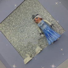 Load image into Gallery viewer, Reine des Neiges ❄️ - by-little-b