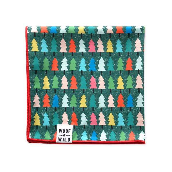 Douglas Holiday Dog Bandana l Woof & Wild | Woof & Wild | | Arrow Women's Boutique
