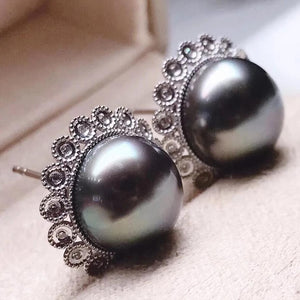 Flower Collection 11.0-12.0 mm Tahitian Peacock Green Pearl Stud Earrings with Natural Diamond Mounted on 18K Solid White Gold - takaramonobr