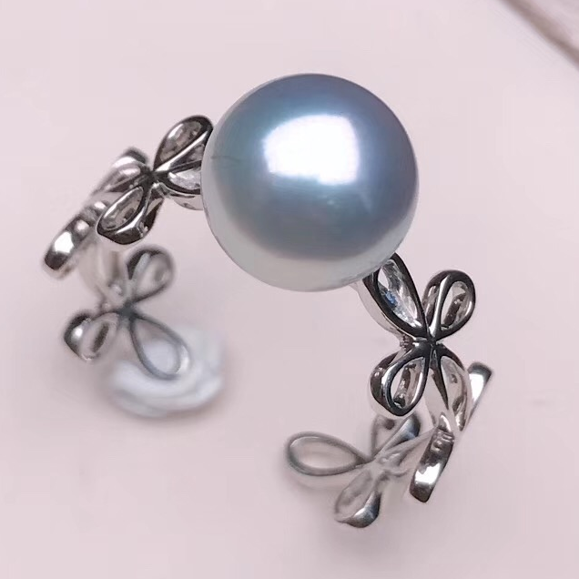 what is akoya cultured pearl