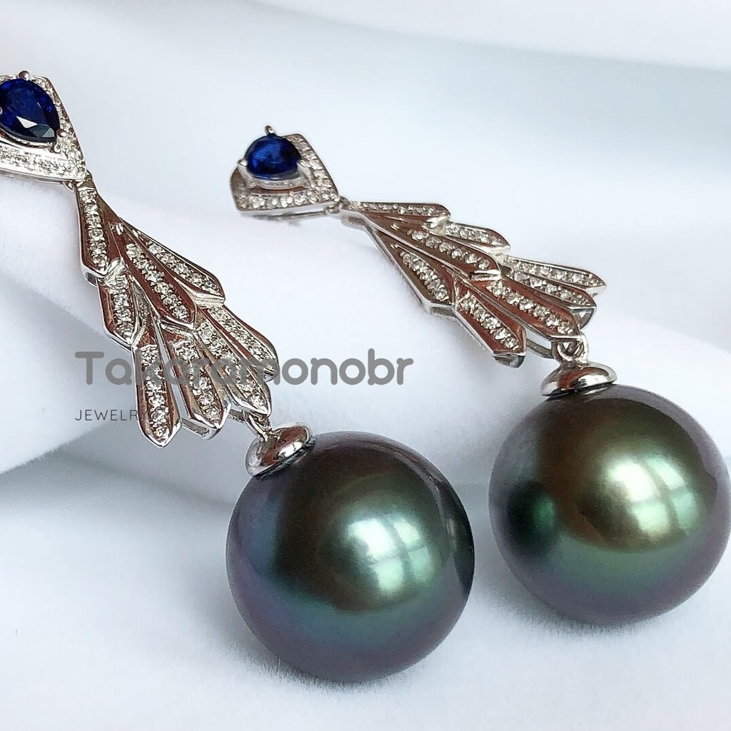 13.0-14.0 mm Tahitian Black Green Pearl & Diamond Sapphire Earrings in G18k - takaramonobr