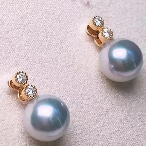 Starlight Collection 8.0-8.5 mm Blue Akoya Pearl & Diamond Stud Earrings in 18K Gold - takaramonobr