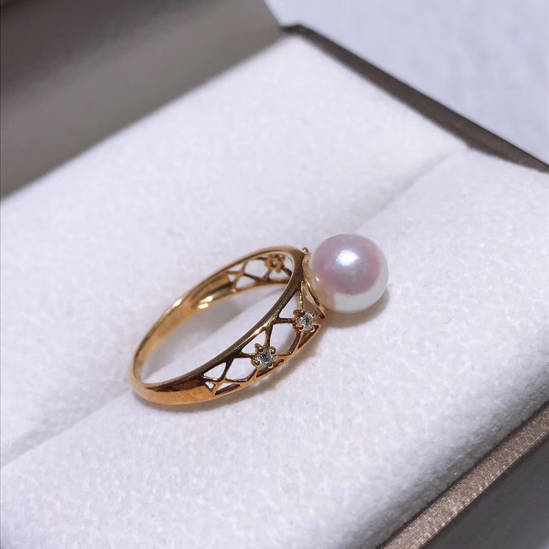 Royalty Collection 7.0-7.5 mm White Hanadama Akoya Pearl and Diamond Ring in 18K Yellow Gold - takaramonobr